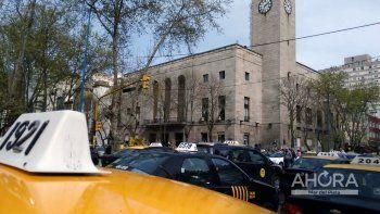 Avanza en el Concejo el pedido de aumento en la tarifa de taxi