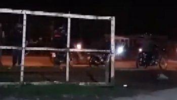 Picadas en el camino viejo a Miramar: Usan la avenida como un autódromo