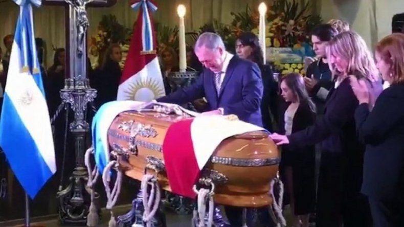 Video: el desgarrador llanto de Schiaretti en el velatorio de De la Sota