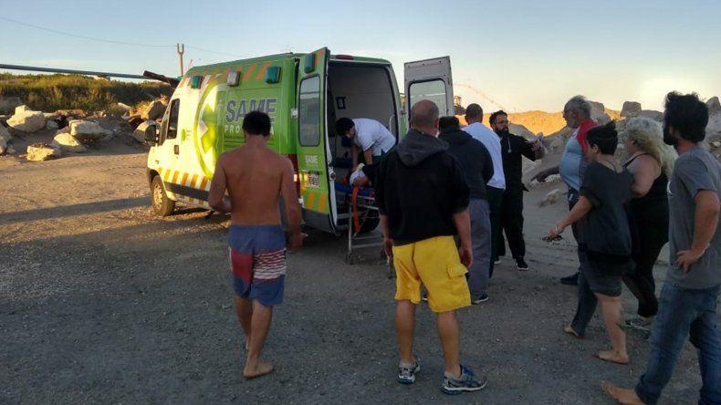 Se accidentaron andando en cuatriciclo en una playa de Punta Mogotes