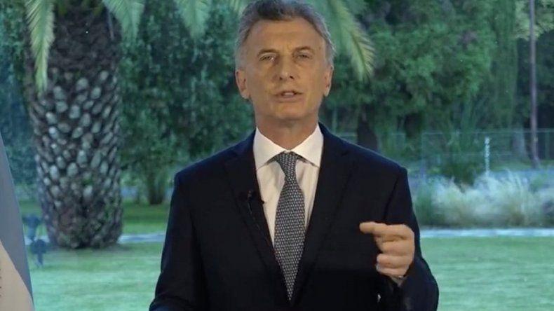 Macri llama a líderes de la oposición para cerrar el acuerdo político que piden los mercados