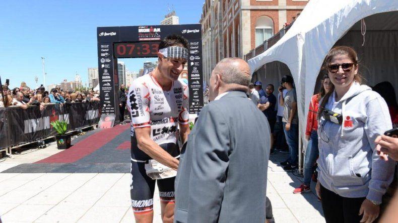 El austríaco Michael Weiss ganó el Ironman de Mar del Plata