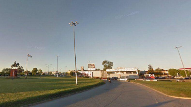 Una mujer murió en un accidente en la rotonda de El Gaucho