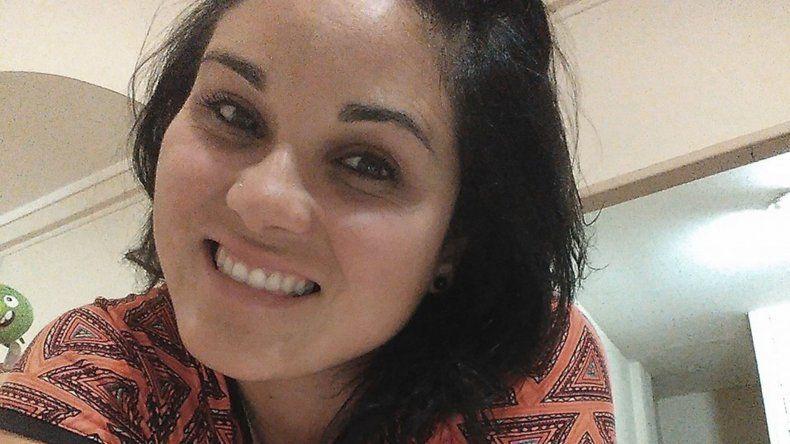 """""""No me puedo ir del país por un enfermo"""": los últimos chats de la mujer policía asesinada"""