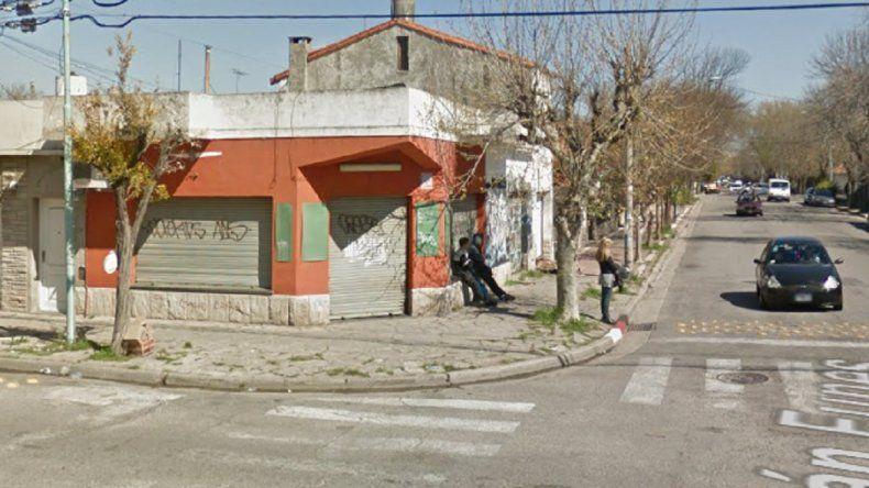 Un comerciante fue baleado por un delincuente en Funes e Ituzaingó