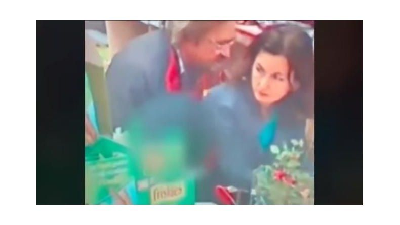 Una pareja tuvo sexo en un supermercado y el video se hizo viral