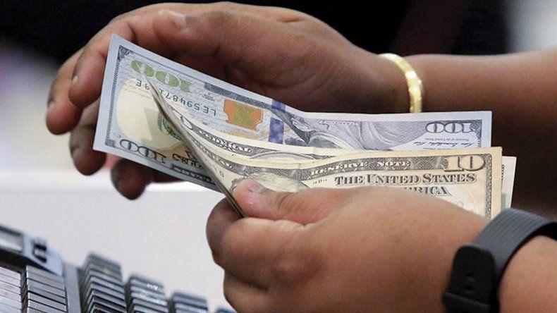 Tras la señal de intervención del Banco Central, el dólar cayó 3,6%