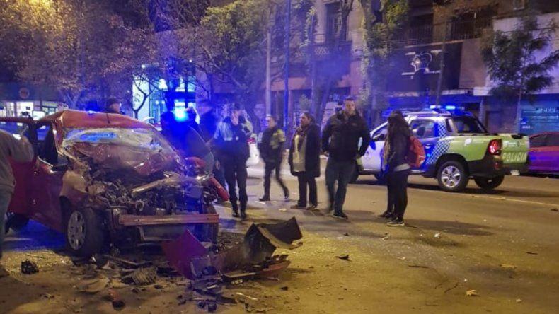 Violento choque entre un auto y un colectivo en Luro y Dorrego: un herido