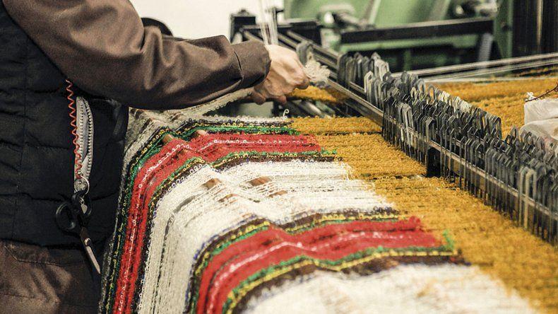 Empresas textiles de Mar del Plata donarán abrigos para combatir el frío