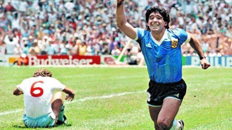 """A 33 años, Diego Maradona siente """"un sueño"""" su mejor obra"""
