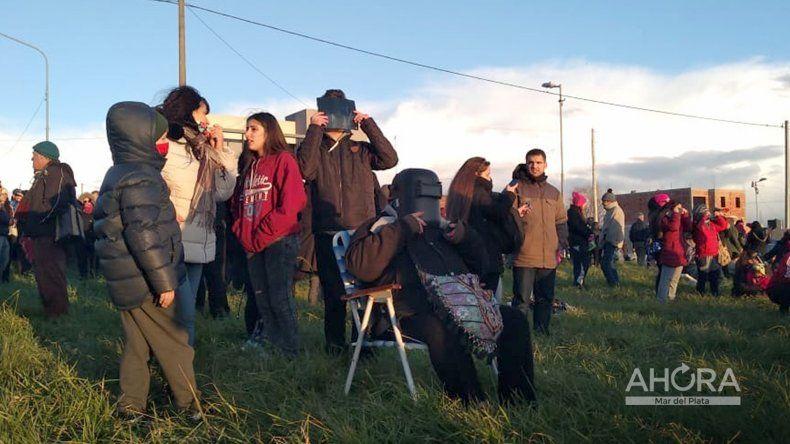 Así se vivió el eclipse solar total en Mar del Plata