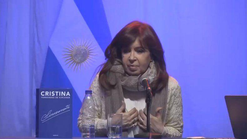 """Cristina Kirchner: """"Creo que estoy en el podio del objeto de una campaña sucia y violenta"""""""