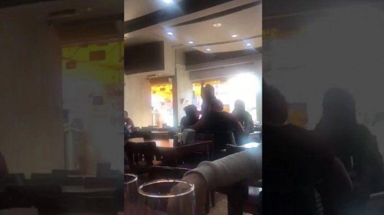 Video: Patricia Bullrich se peleó a los gritos con una mujer y la insultó