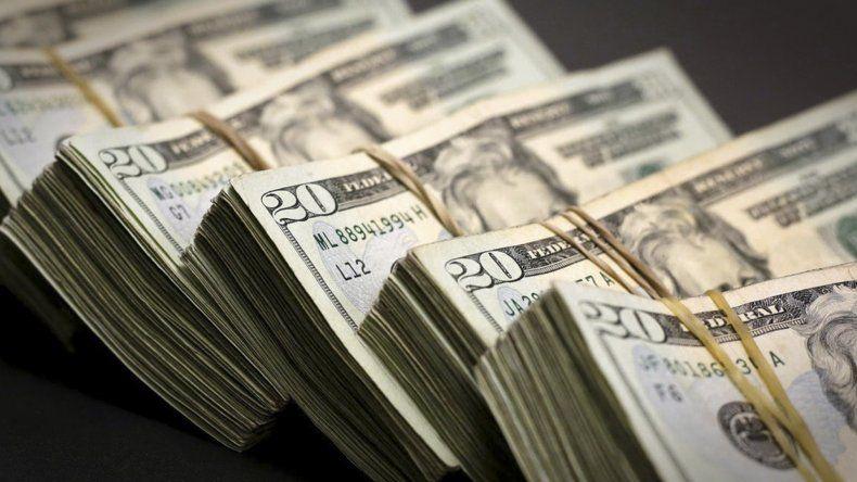 El dólar subió 29 centavos y cerró a $59,06