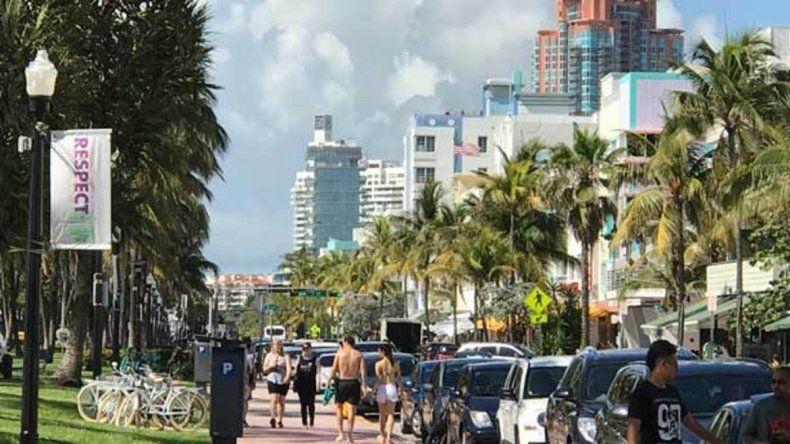 """La marcha del """"Sí se Puede"""" llega a Miami en una esquina con sello  marplatense"""