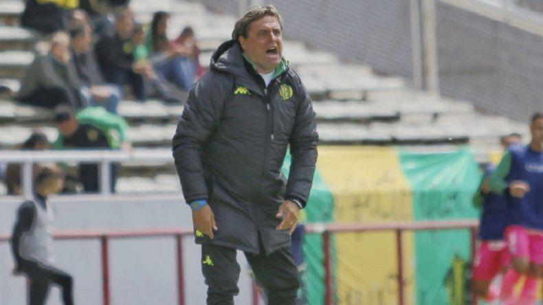 """Ángel Hoyos: """"Quisimos mantener la idea para que los chicos tengan seguridad"""""""