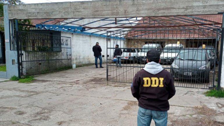 Cayó un vendedor de autos robados en la avenida Jara