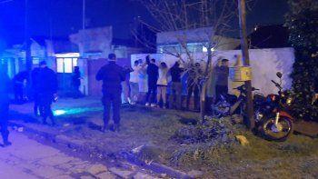 Desactivaron una fiesta clandestina en el barrio San Cayetano: había 25 personas