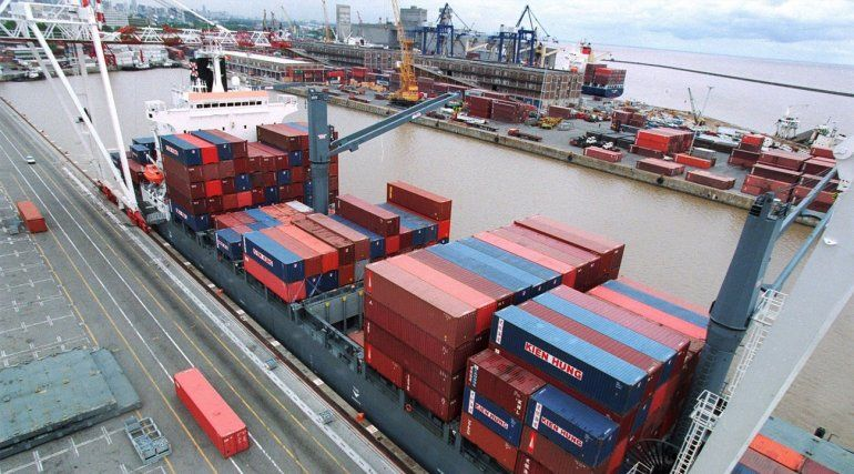 Febrero cerró con superávit comercial de US$ 1.062 millones