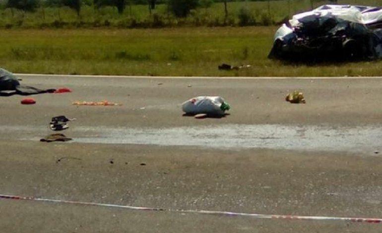 Ruta 12: tres personas murieron en un choque frontal contra un camión
