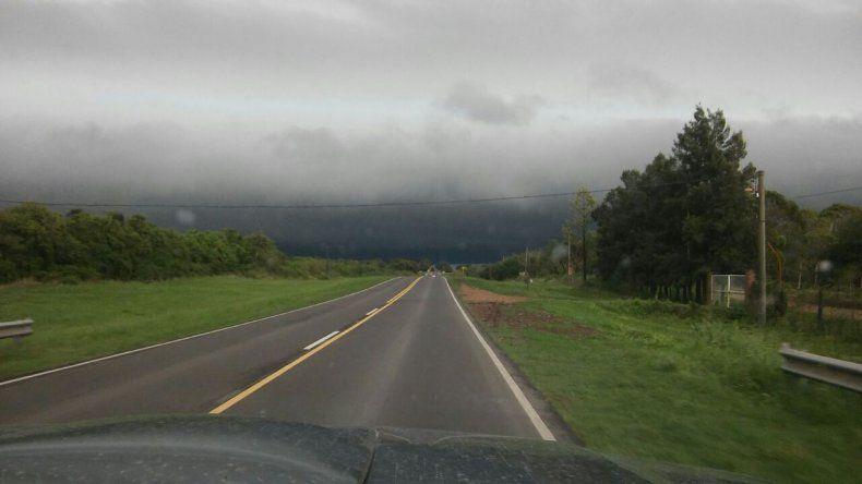 Alerta por fuertes tormentas con granizo para el sur y centro de Entre Ríos