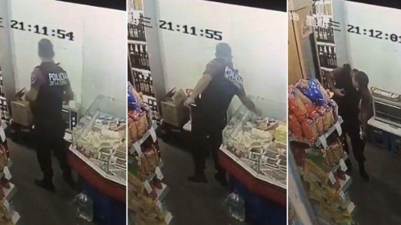 Sorprendieron a un policía robando una bandeja de fiambre en un supermercado chino