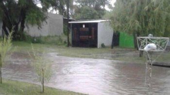 En Santa Elena registran 200 familias afectadas por el violento temporal