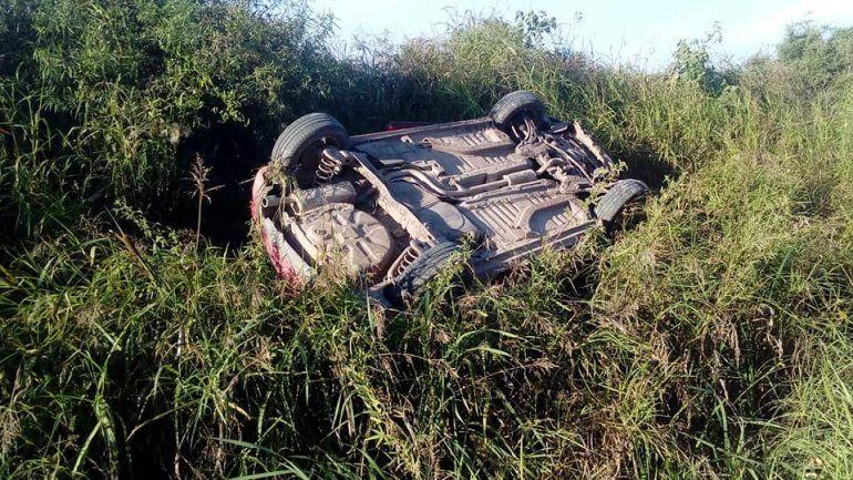 Destrozado: así quedó el auto del hombre que falleció en Diamante