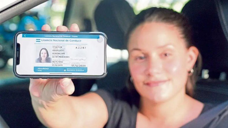 Ahora se podrá tener el DNI y la licencia de conducir en el celular