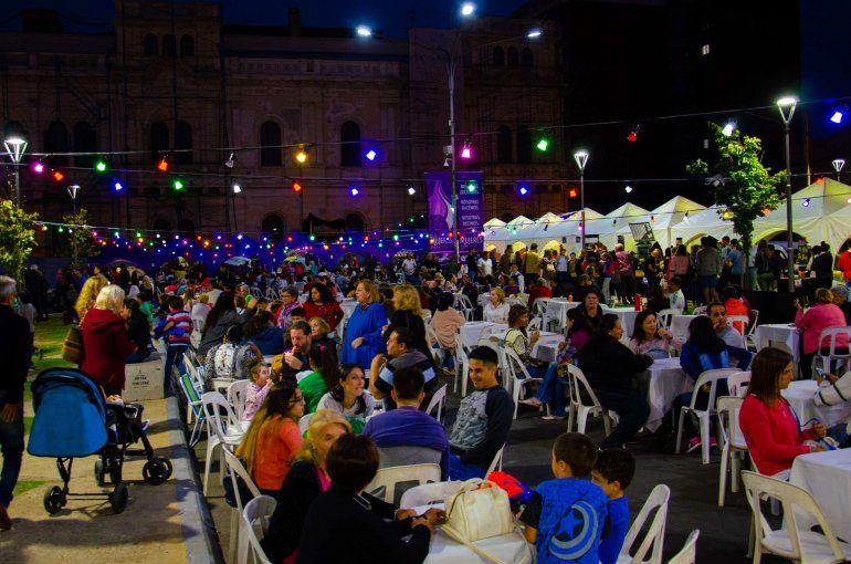 Exitosa edición de la Feria de Mujeres Emprendedoras en la Plaza Mansilla