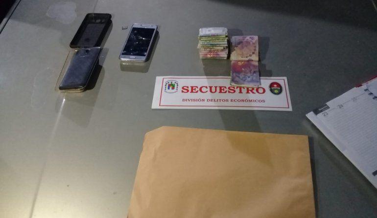 Con drogas, circulaban por calle Almafuerte y fueron detenidos