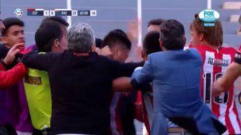 Patronato perdió contra Estudiantes en un partido que terminó a los golpes