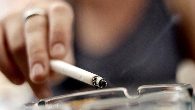Vuelven a subir y aumentan un 6% los cigarrillos