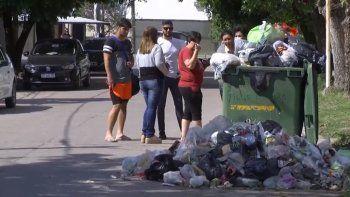Vecinos de Paraná conviven con la basura: Es un foco infeccioso