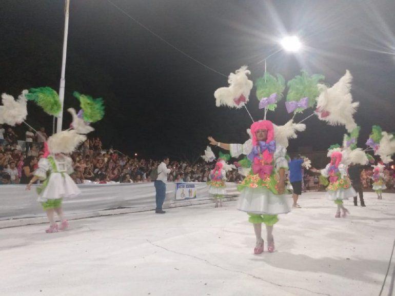 Federación vivió una noche de Carnaval a todo ritmo, con Silvina Escudero