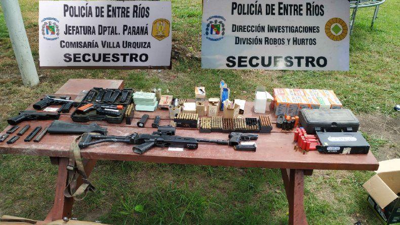 Secuestran una importante cantidad de armas en Villa Urquiza