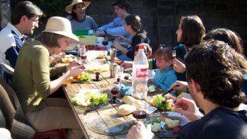 Santa Fe: adhieren al DNU nacional y quedan suspendidas las reuniones familiares