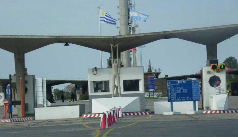 Detectaron Covid-19 a un transportista de Fray Bentos en el puente San Martín