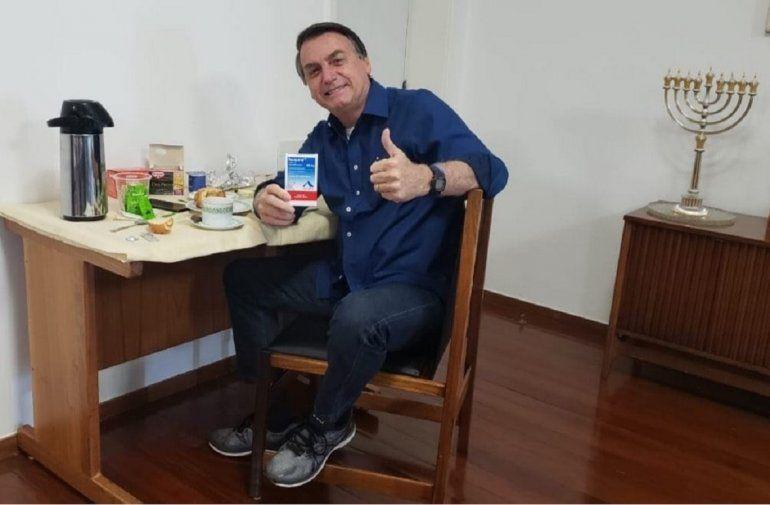 Bolsonaro retornó a trabajar al Planalto tras recibir el alta de coronavirus
