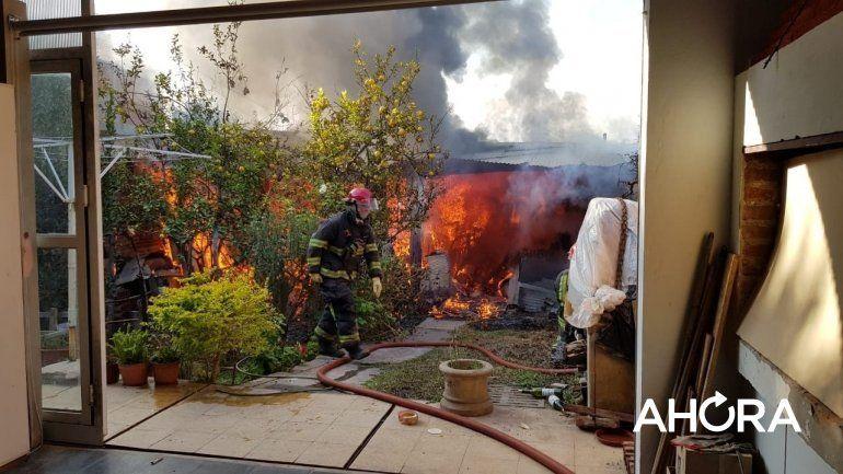 Una pareja de 86 y 88 años fue rescatada del incendio en Paraná