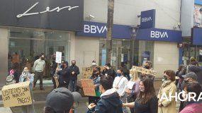 Artistas se manifestaron en pleno centro en defensa de su trabajo