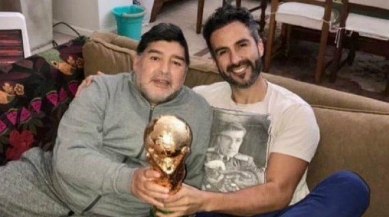 Sale a la luz la violenta pelea de Maradona con su médico antes de morir