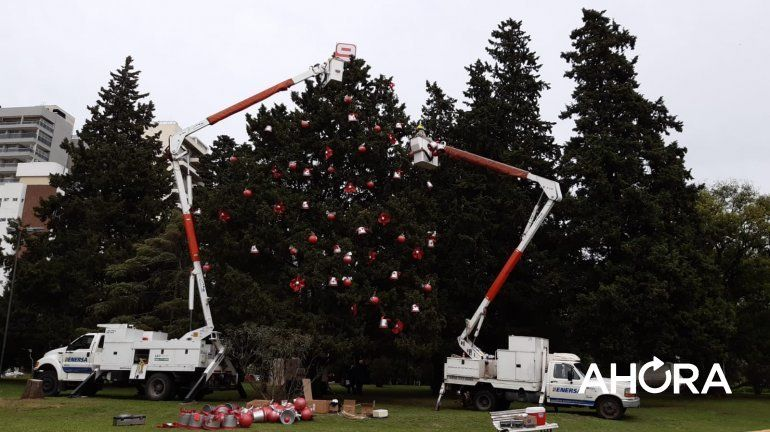 Mágica Navidad: el Árbol del Nueve vuelve al Rosedal de Paraná