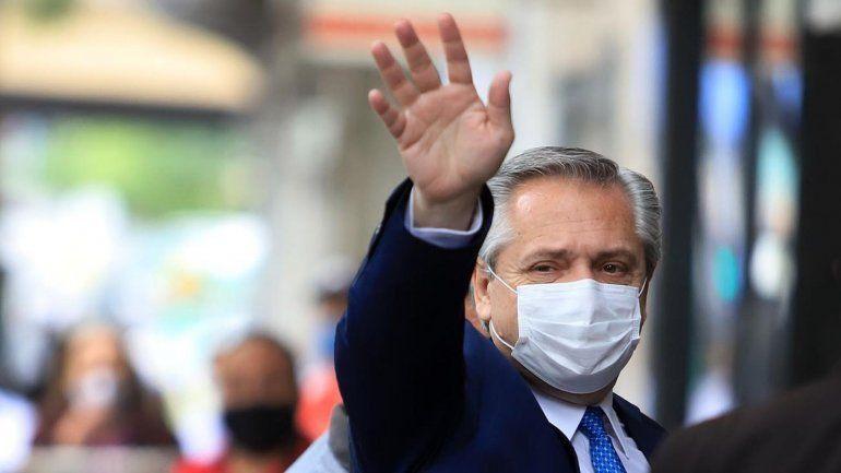 Los argentinos empiezan a vacunarse cuando se vacunan los países centrales