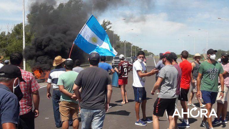 Manifestantes acamparán en Ruta 12 para exigir arreglos en la Ruta 45