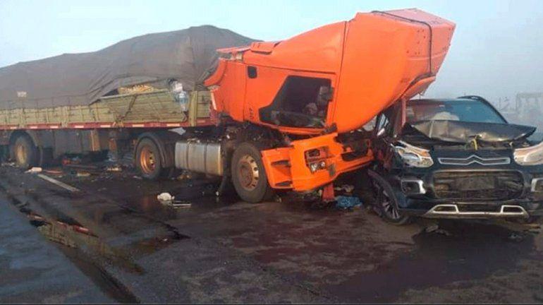 Siete vehículos chocaron en cadena en el Puente Zárate-Brazo Largo