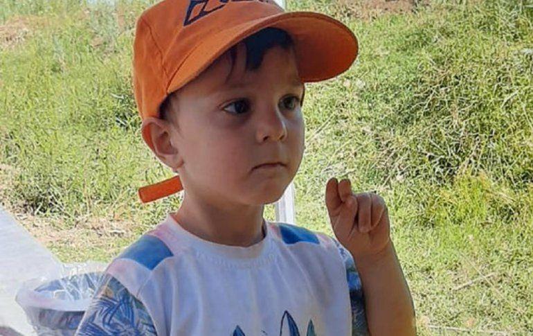 Hallaron muerto a Santiago, el nene de 3 años desaparecido en Neuquén